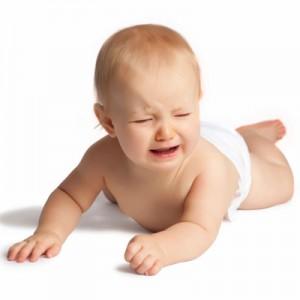 Utilfreds baby vil ikke ligge på ryggen eller maven